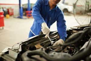 Three Things to Know When Choosing a Local Transmission Repair Shop